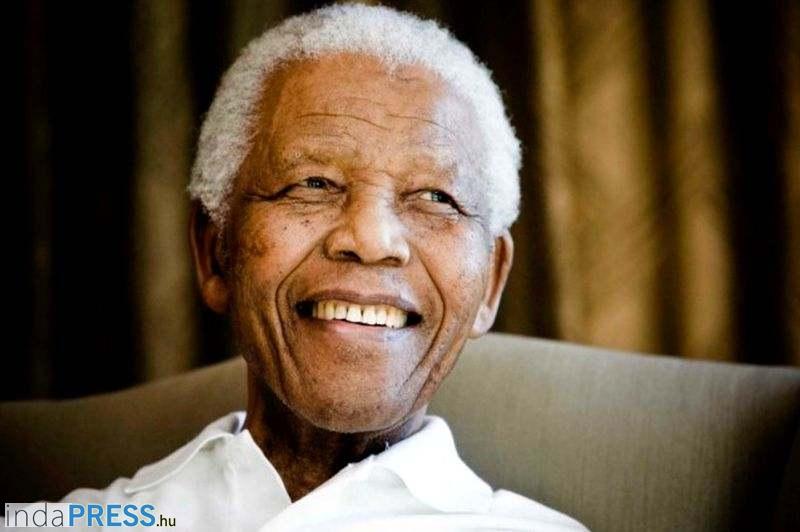 Igazi búcsútemetés Nelson Mandela -nak