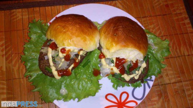 Recept: Hamburger, indapress
