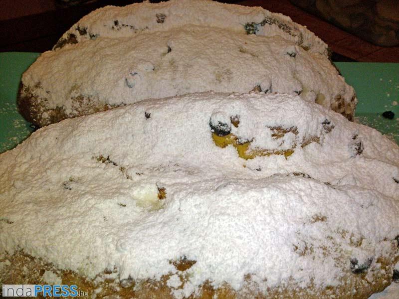 Recept: Stollent, karácsonyi édesség, péksütemény