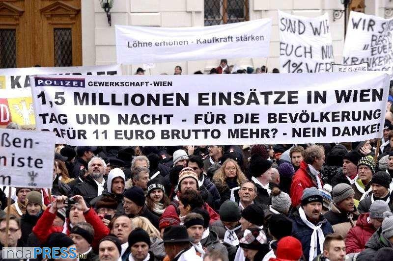 Tüntetés Ausztriában : osztrák béremelés