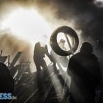 A Kijev-i tüntetők újjáépítik, megerősítik (2014.02.21)pénteken a barikádokat /fotó: BBC/