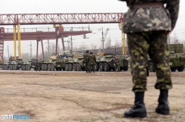 Orosz katonák elfoglalták a  Krím-i Csernomorszkoje határt. refplay.hu írta: Roland Sarkadi rolandsarkadi.com