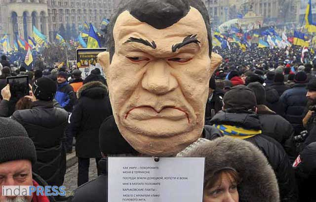 refplay.hu Ukrajna, Janukovics paródia a tüntet?kt?l. refplay.hu írta: Sarkadi Roland - AFP PHOTO/ VIKTOR DRACHEV
