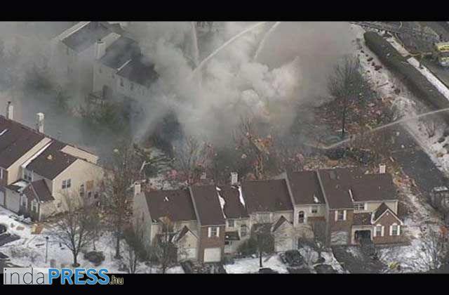 Robbanás Amerikában,  50 ház romokban