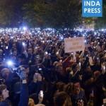 INDAPRESS.HU - Internetadó ellenes tüntetés